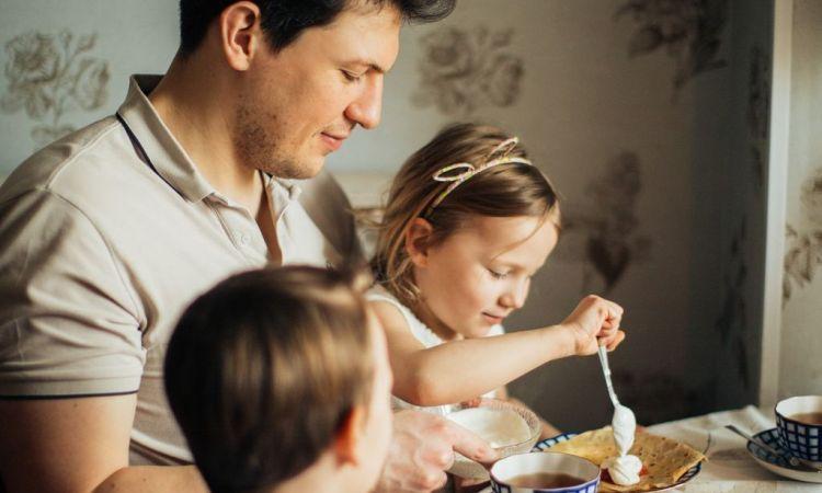 Путин: семьи с детьми от 3 до 16 лет получат разовые выплаты